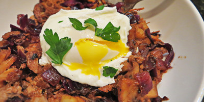 Poached Egg Barbecue Hash by Grassfed Farmacy @grassfedfarmacy
